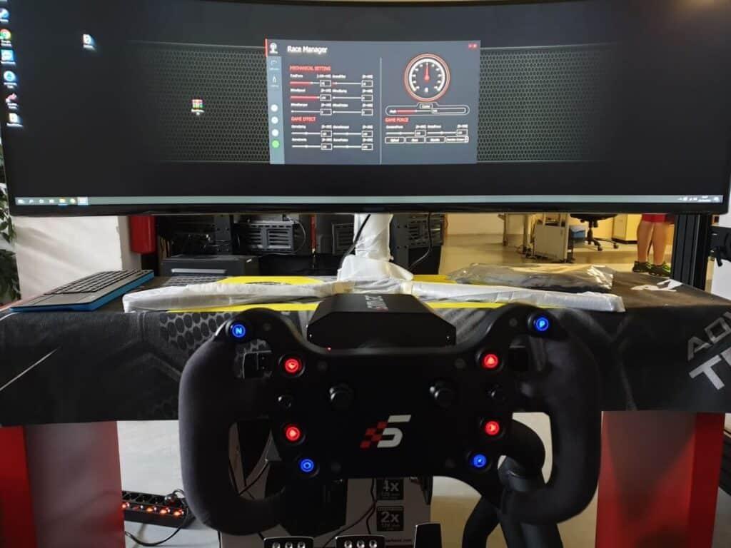 volante simagic direct drive con corona gt4