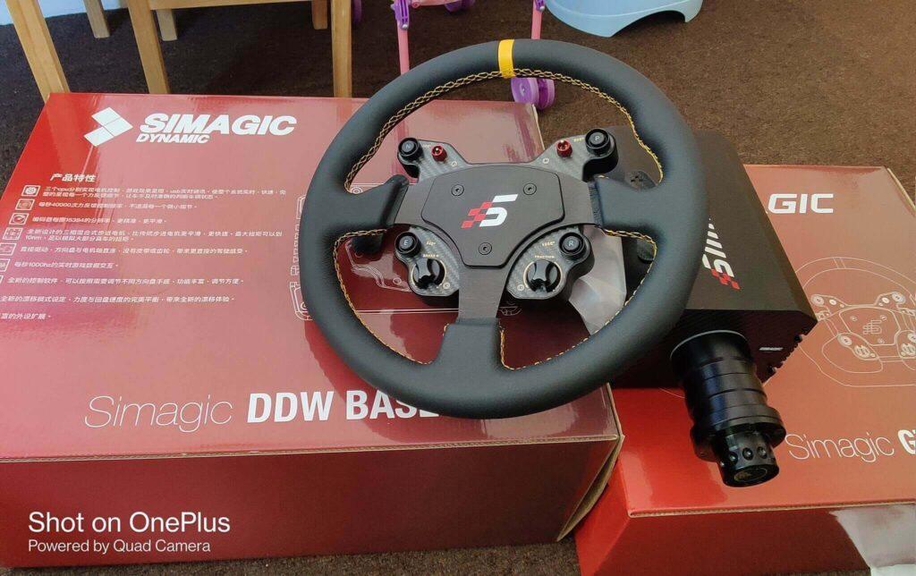 volante simagic m10 con corona gt1